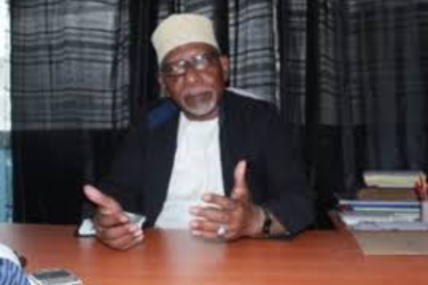 Comores :  interdiction des habits courts devant le cabinet du Cadi